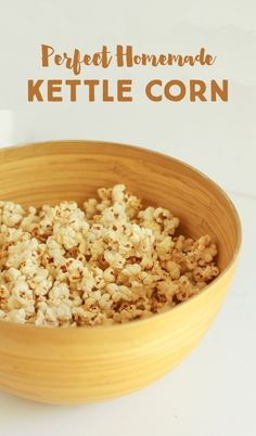 Perfect homemade kettle corn - gluten free, dairy free, super simple and delicious! **really tasty! Be careful it doesn't burn. Homemade Popcorn Recipes, Flavored Popcorn, Snack Recipes, Snacks, Sweet Popcorn Recipes, Homemade Popcorn Seasoning, Sugar Popcorn, Pop Popcorn, Gourmet Popcorn