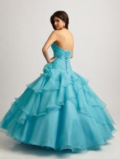 Really pretty gown for dressier events. :)