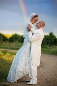 rainbow photography, wedding, bride and groom, Lisa Karr Photography, Beloit Wisconsin, Find on Facebook