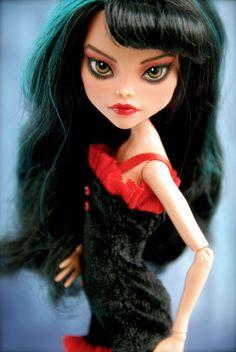 Custom Monster High Cleo deNile Gothic Victorian OOAK repaint by SkulletteDolls