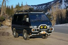 The Mitsubishi Delica L300: Now Invading from Planet Japan - http://nuviral.co/the-mitsubishi-delica-l300-now-invading-from-planet-japan/