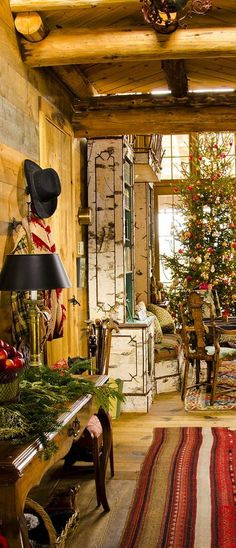 Rustic Christmas | Canadian Log Homes I WISH SOMEONE COULD TELL ME WHAT KIND OF TREE THAT IS!!!