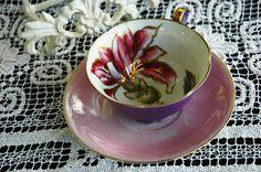 Vintage Royal Sealy Japan Pink Purple Lustreware Gold Teacup