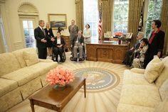 Bush 2 Oval Office