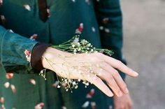 Image about girl in Inspiration by Liliana on We Heart It Hand Reference, Hold My Hand, Portrait, Beautiful Hands, Flower Power, Photoshop, Pretty, Green, People