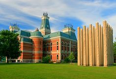 Bartholomew County Courthouse and Memorial for Veterans | Flickr photo by dhdow