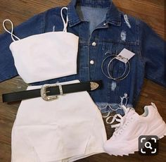 AranzaDrive ❁ Source by juvenil femenina moda Clueless Outfits, Cute Lazy Outfits, Teen Fashion Outfits, Girly Outfits, Mode Outfits, Retro Outfits, Simple Outfits, Look Fashion, Stylish Outfits