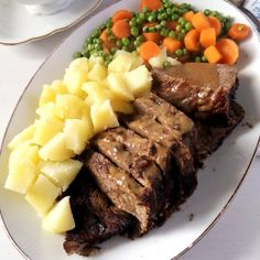 Tender roast beef with an amazing balsamic-cream sauce