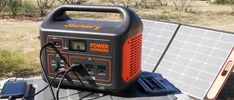 Small Portable Generator, Portable Inverter Generator, Portable Solar Panels, Solar Generator, Ac Power, Solar Power, Van Camping, Rv Living, Van Life