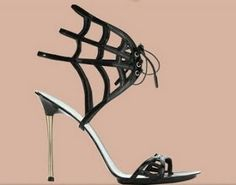 Gianvito Rossi #Shoes Great shoes for halloween. Orange nails and a simple black dress :)