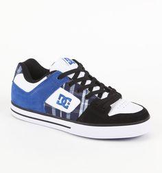 Pure XE Shoes