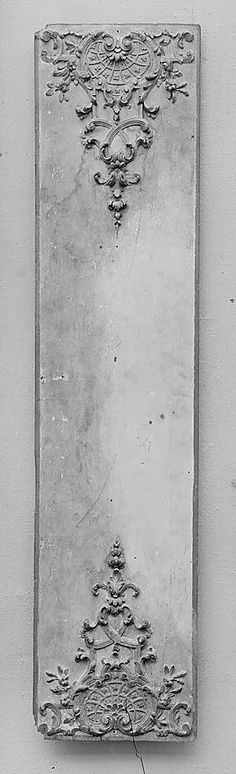 Mame from poured concrete. Architectural Salvage, Architectural Elements, Art Nouveau, Decoration Originale, Art Object, Wood Carving, Painted Furniture, Antiques, Artwork