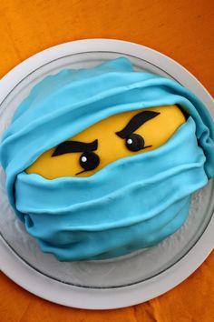 Suklaapossu: Ninjago-kakku