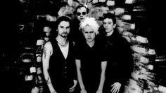 Depeche Mode - https://www.rollingstone.de/jetzt-gibt-es-einen-depeche-mode-radiosender-dave-gahan-und-co-nonstop-1024419/