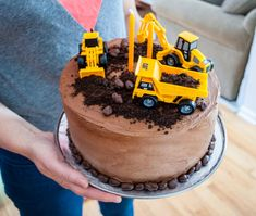 Easy construction birthday cake for a construction birthday party. Easy construction birthday cake for a construction birthday party. Make this bakery-grade cake and Truck Birthday Cakes, Truck Cakes, Digger Birthday Cake, Easy Kids Birthday Cakes, Easy Kids Cakes, Birthday Cake For Papa, Boys 2nd Birthday Party Ideas, Third Birthday, Construction For Kids
