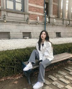 Korean Girl Photo, Korean Girl Fashion, Korean Street Fashion, Ulzzang Fashion, Kpop Fashion, Asian Fashion, Pretty Korean Girls, Korean Beauty Girls, Cute Korean Girl
