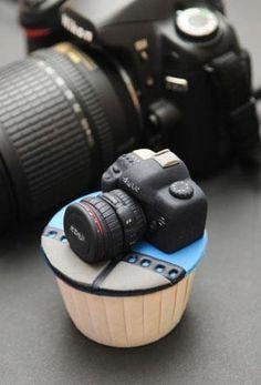 camera cupcakes cake