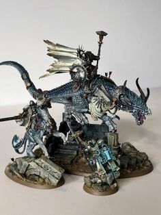 """""""Quick 'family shot' of my latest Stormcast heroes. Warhammer Paint, Warhammer Models, Warhammer Fantasy, Warhammer Armies, Warhammer 40000, Warhammer Empire, Fantasy Battle, Fantasy Warrior, Mini Paintings"""