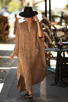 Buy Now Leopard Print Oversize Kaftan Maxi Dress Boho Hipster. African Print Fashion, African Fashion Dresses, African Dress, Fashion Prints, Caftan Dress, Boho Dress, Kaftan Style, Look Fashion, Fashion Outfits