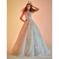 �� 시간이 멈춘 듯 화려한 빛을 감싸는 신비로운 매력 속으로 ⚘ Dress:#도화브라이드 #Dohhwabride �� #월간웨딩21 #웨딩21 #웨프 #wedding21 #wef#wedding #셀프웨딩 #결혼 #결혼준비#웨딩 #dress #드레스 #웨딩드레스 #bride#하우스웨딩 #스몰웨딩 #셀프웨딩#marrage #신부 #예비신부 #예신 #groom#wedding21_DRESS �� http://gelinshop.com/ipost/1520131972919642802/?code=BUYl_mxlsqy