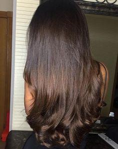 Women with Beautiful Hair Beautiful Long Hair, Gorgeous Hair, Glam Hair, Princess Hairstyles, Very Long Hair, Brunette Hair, Pretty Brunette, Human Hair Extensions, Hair Highlights