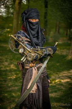 Steampunk Ninja Cosplay (eastern steampunk/japanese steampunk)  - For costume tutorials, clothing guide, fashion inspiration photo gallery, calendar of Steampunk events, & more, visit SteampunkFashionGuide.com