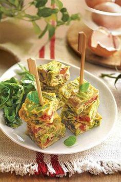 25 cenas saludables fáciles de hacer ¡y deliciosas! Vegetarian Recipes, Cooking Recipes, Healthy Recipes, Healthy Dishes, Healthy Eating, Healthy Food, Food Presentation, Great Recipes, Tapas