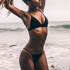 Inspiration for a beautiful body: tanned toned fit beach body
