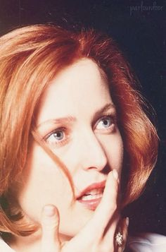 ❦ Gillian Anderson (1997) - parlourdoor