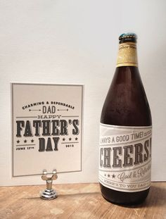 Free printable Father's Day Cards and Labels.