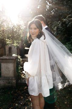 Wedding Looks, Bridal Looks, Bridal Style, Minimal Wedding Dress, Melbourne Wedding, Bridal Dresses, Wedding Styles, Marie, Ideias Fashion