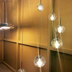 Luminaria en exposición en tienda #lighting #iluminacion #luminaria #luminica #arquitectura