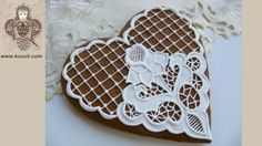 Cookie decorating with royal ising. How to make Cookie with Catwork embr...