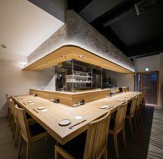 焼とり はま田 Japanese Restaurant Interior, Restaurant Interior Design, Open Kitchen Restaurant, Cafe Restaurant, Sushi Bar Design, Sushi Cafe, Bistro Interior, Cafe Concept, Small Cafe Design