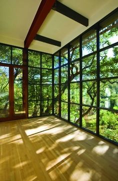 perfect sun room for yoga. :) just needs to be matted