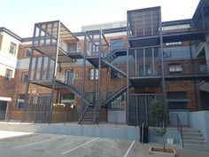 1 Bed Apartment in Braamfontein, Fully Furnished 1 Bedroom Loft Style Apartment This stylishly furnished one bedroom apartment with One Bedroom Apartment, Bedroom Loft, Private Property, Property For Rent, Prepaid Electricity, Loft Style Apartments, Large Open Plan Kitchens, Built In Cupboards, Green Belt