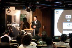 Plateia acompanha demonstração dos sistemas WoodWing e Adobe DPS, por Luiz Silveira, Gerente de Marketing da EPYX Soluções Editoriais. Foto: Patrícia Bruni.