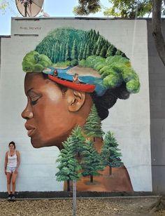 Street Mural, 3d Street Art, Street Art Graffiti, Street Artists, Stencil Graffiti, Sidewalk Chalk Art, Art Graphique, Mural Art, Woman Painting