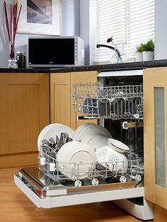 How to Repair Major Home Appliances—and When to Replace Them Instead