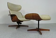 mid century modern early Plycraft George Mulhauser cream naugahyde walnut Mr Chair with ottoman