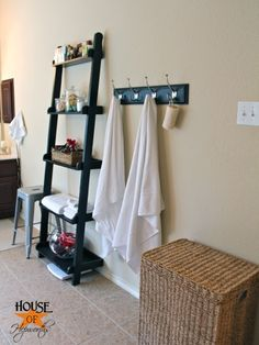 Bathroom Storage Ideas For Small Bathrooms | Decorating Your Small Space