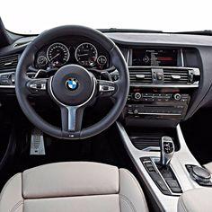 BMW X4 M40i 2017 Versão apimentada do SUV alemão tem motor biturbo seis cilindros com 360 cv e 465 Nm de torque.Acelera de 0 a 100 km/h em menos de cinco segundos com máxima de 250 km/h (limitada eletronicamente). O Brasil produz o modelo mas na versão xDrive28i X Line que traz um motor de quatro cilindros 2.0 litros e 245 cv de potência.  #CarroEsporteclube #BMW #X4 #BMWbrasil