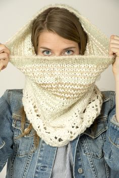 Free cowl pattern- lace and stripes.