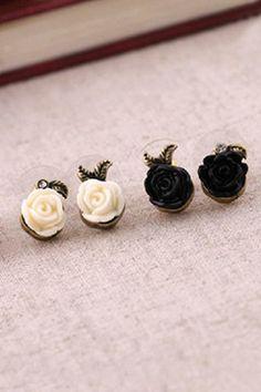 Vintage Rose Asymmetric Ear Stud