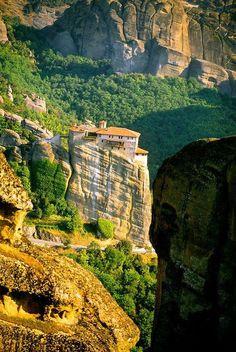 Clifftop, Meteora, Greece