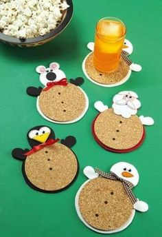 Cute little chicken Christmas coasters! Christmas Activities, Christmas Crafts For Kids, Christmas Projects, Holiday Crafts, Holiday Fun, Christmas Decorations, Noel Christmas, Winter Christmas, Christmas Gifts