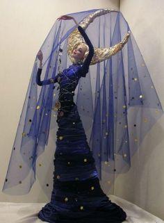 Art doll by Ekaterina Petrik Ooak Dolls, Art Dolls, Fancy Dress, Dress Up, Mode Lolita, Fantasy Costumes, Doll Repaint, Little Doll, Up Girl