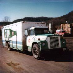 Loadstar 7UP Pepsi Cola, Coke, Semi Trucks, Old Trucks, International Harvester Truck, Soft Drink, Classic Trucks, Model Trains, 30 Years