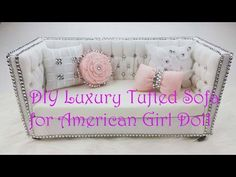Do you want to make your own American Girl doll furniture? These projects are the perfect fit for any 18 inch doll. And we have dollhouse plans too. American Girl Doll Room, American Girl Doll Bed, American Girl Crafts, American Girls, Girls Furniture, Barbie Furniture, Cardboard Furniture, Furniture Projects, Muebles American Girl
