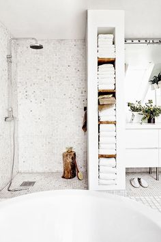 would use some of that shelf space for baskets filled with toiletries. How to make the most of a small bathroom.I would use some of that shelf space for baskets filled with toiletries. How to make the most of a small bathroom. Home, Diy Bathroom, Small Bathroom, Shower Room, Bathroom Inspiration, Bathrooms Remodel, House, Narrow Bathroom, Bathroom Renos